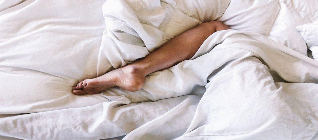 cama con edredón